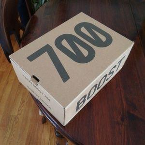 yeezy waverunner 700